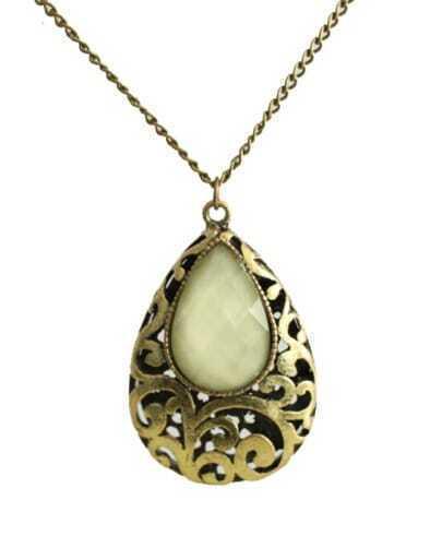 Vintage Teardrop shape White stones Hollow Necklace