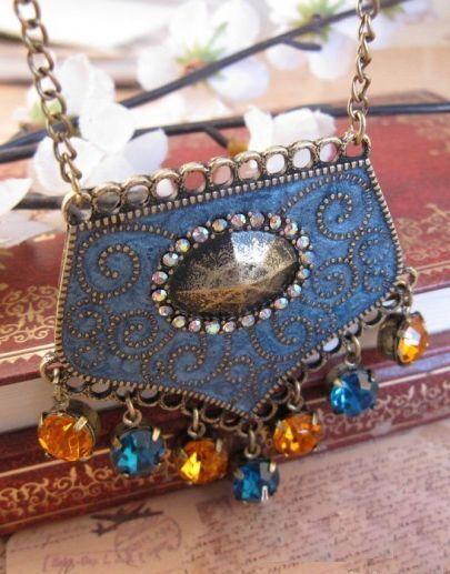 Vintage Pattern Tassel Necklace
