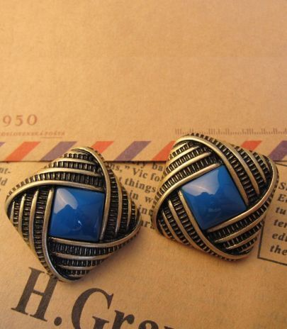 Vintage Square Blue Stone Earring