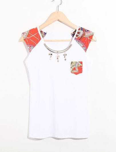 White Contrast Tribal Print Sleeve and Pocket Cotton T Shirt with Metal Necklace