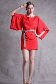 Red Vintage Slik Round Neck Backless Half Sleeve Dress