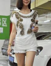 White Beading Short Sleeve T Shirt with Gold Flower Pattern