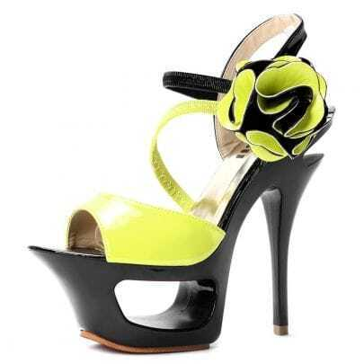 Light Green Patent Leather Flower 156mm Sandals
