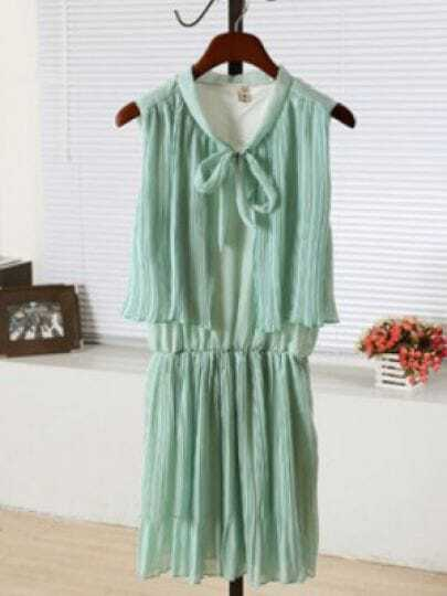 Green Round Neck Sleeveless Elastic Waist Pleated Chiffon Dress
