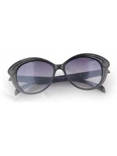 Black Vintage Plastic Frame Wayfarer Sunglasses