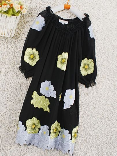 Black Round Neck Short Sleeve Floral Pleated Silk Dress