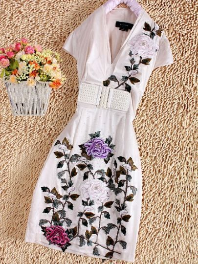 Apricot V-neck Cap Sleeve Peonies Embroidered Belted Dress