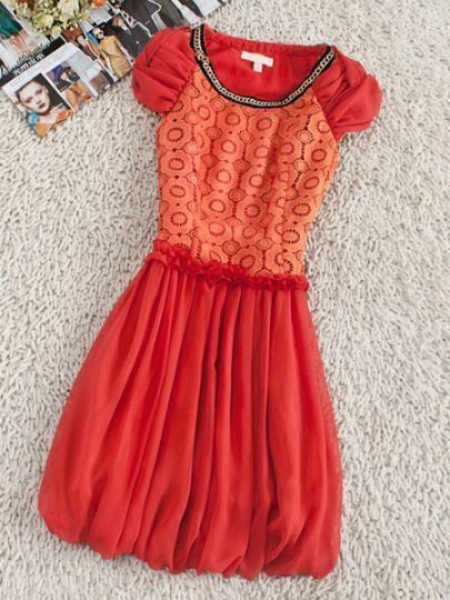 Red Round Neck Short Sleeve Hollow Pleated Silk Dress