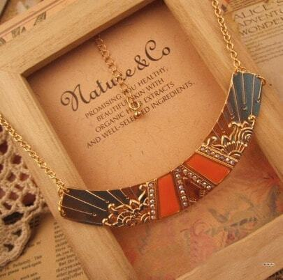 Orange Gemstone carving Gold Necklace