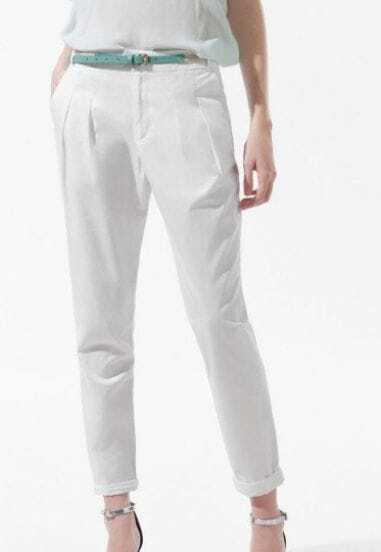 White Pleated Pockets Side and Back Tapered Pant