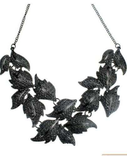 Black Multi Leaves Necklaces
