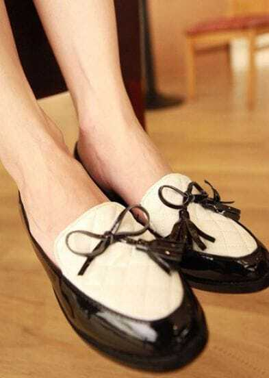Black Patent Leather Round Toe Bow Flat