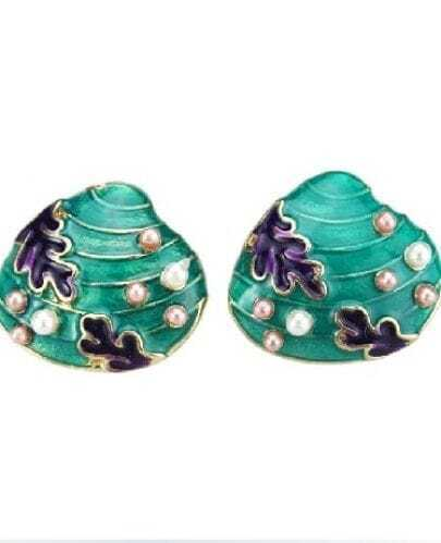 Blue Shell Style Pearl Embellished Stud Earring