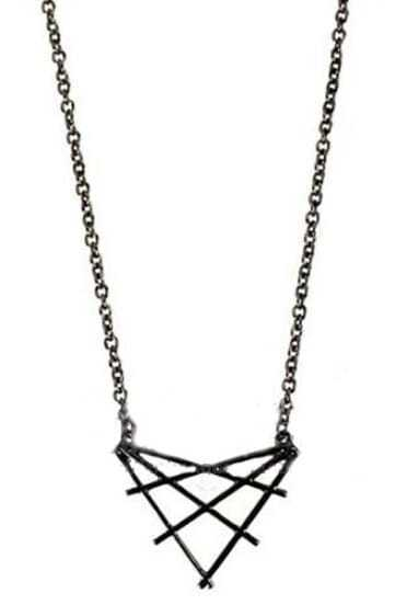 Black Overlap Triangles Necklace