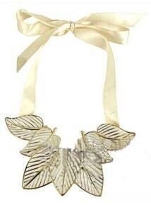 White Leaves Scalable Tie Necklace