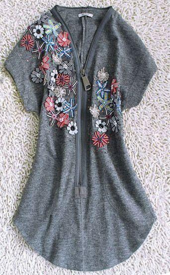 Grey Short Sleeve Zip V-neck Applique Sequined Curved Hem Dress