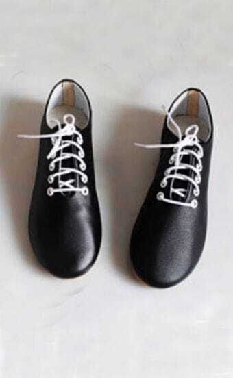 Black Point Toe Low Heel Lace Up Leather Flat
