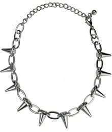 Silver Chain Rivet Thorns Necklace
