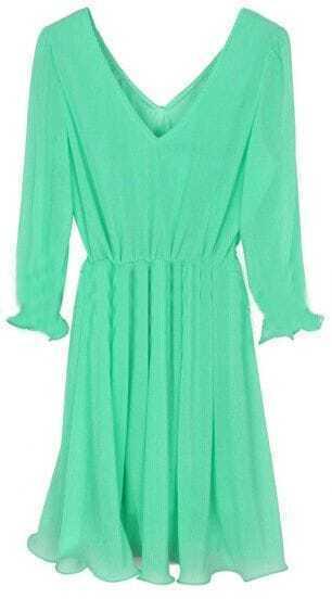 Green V Neck Long Sleeve Pleated Dress