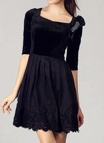 Black Half Sleeve Bow Pleated Embroidery Dress