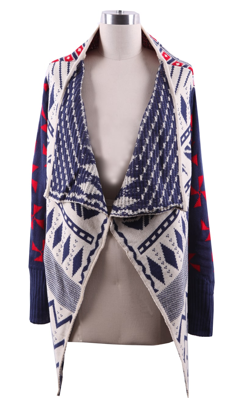 This is a gorgeous tribal print! Perfect colors and style for the season is here! Long enough to cover the hips and made with quality fabric that is soft and comfortable. makes this garment a terrific addition to your Fall wardrobe.