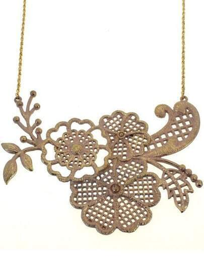 Gold Hollow Flowers Necklace
