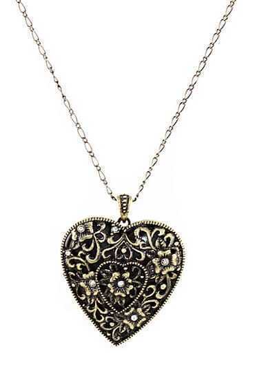 Graceful Antique Hollow Out Heart Design Pendant Necklace