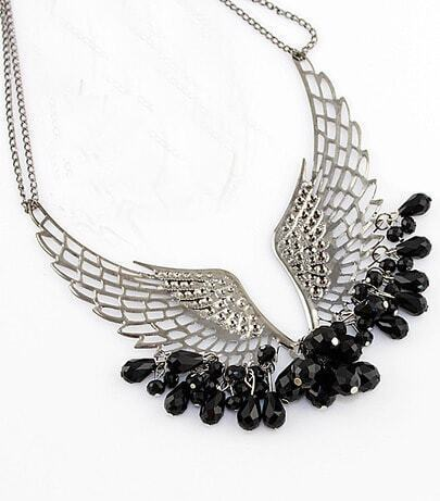 Vintage Brilliant Charming Angel Wing Beaded Necklace