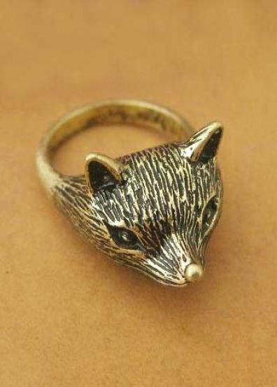 Delicate Fox Antique Ring