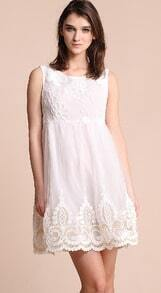 White Sleeveless Flower Embroidery Gauze Short Dress
