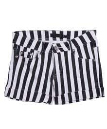 Black Vertical Stripe Pockets Shorts