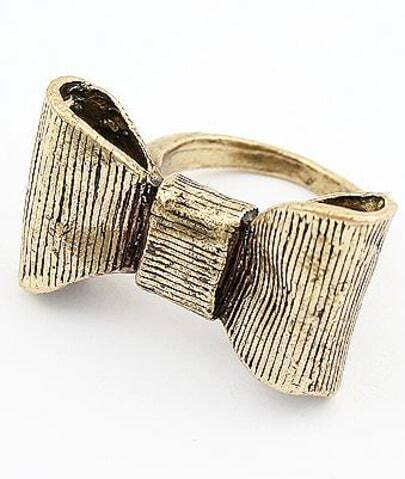 Retro Gold Bow Ring