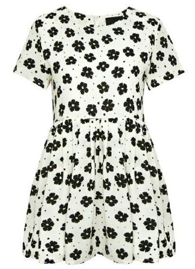 White Short Sleeve Floral Pleated Chiffon Dress
