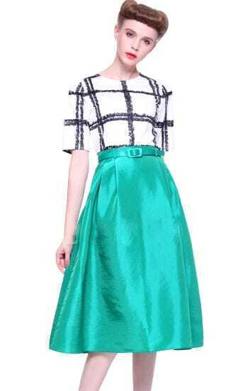White Black Plaid Short Sleeve Belt Top With Green Skirt