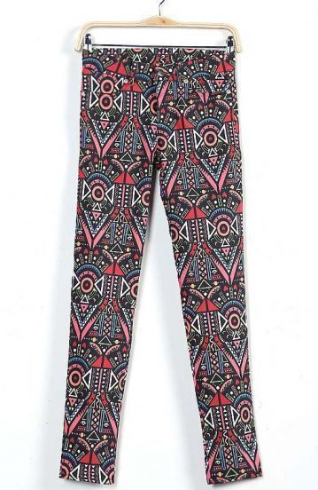 Red Abstract Pattern Pockets Pant