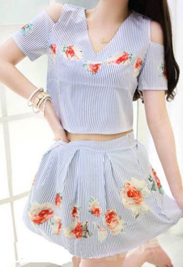 Blue Cold Shoulder V-neck Crop Top with Flowers Skirt