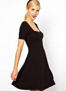Black Short Sleeve Square Neck Elastic Pleated Dress