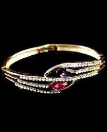 Red Gemstone Gold Crystal Fashion Bracelet