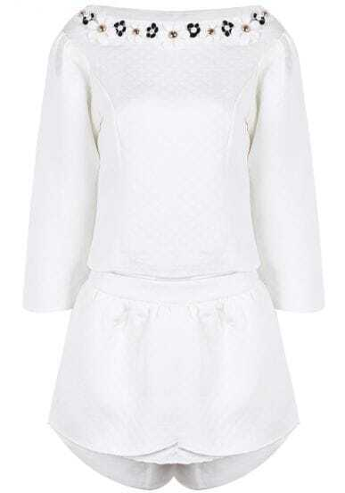 White Diamond Patterned Flower Embellished Top With Shorts