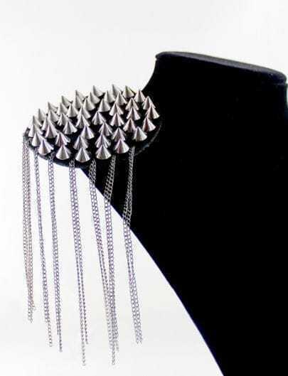 Retro Silver Rivet Chain Tassel Brooches