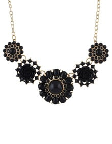 Black Gemstone Gold Flower Necklace