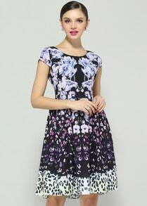 Black Short Sleeve Floral Flare Pleated Dress