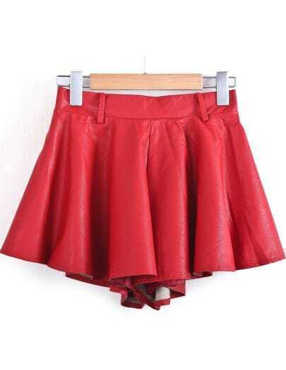 Red Elastic Waist Pleated PU Leather Shorts