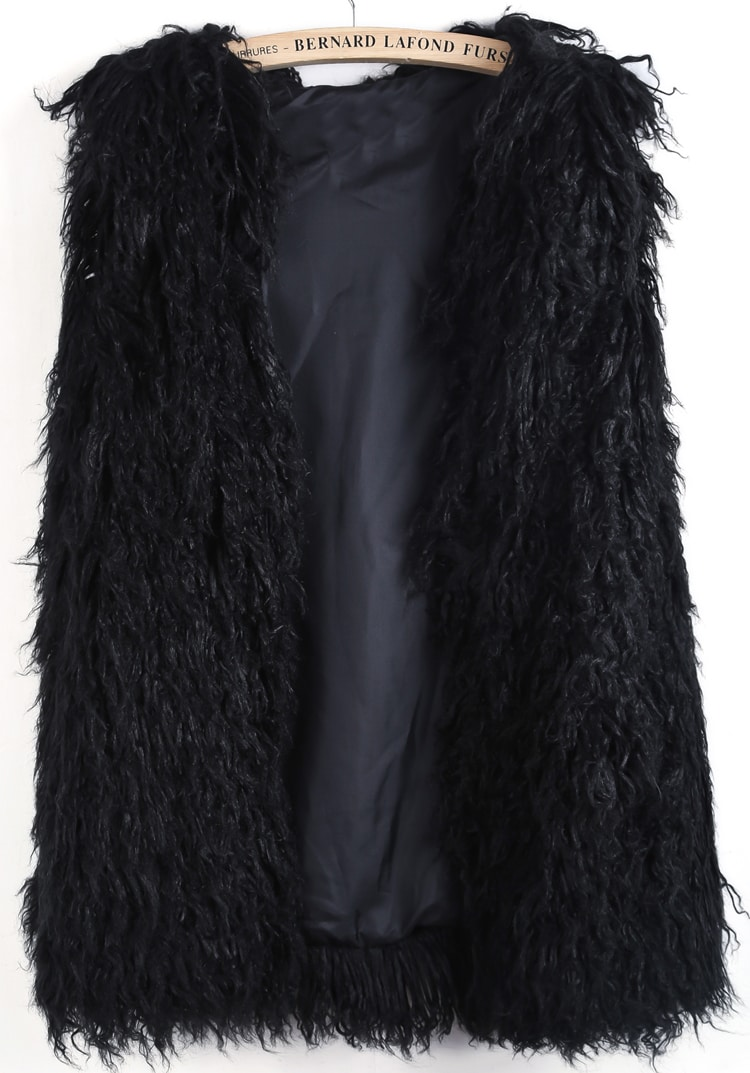 A women's faux fur vest in black worn with a black turtleneck sweater and black slacks can provide a very sophisticated and luxurious look for nighttime entertaining. Pair a cheap one in a light shade of brown with a white button down shirt, skinny jeans and brown shearling boots for a laid back, casual look.