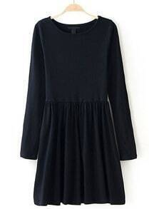 Black Round Neck Long Sleeve Pleated Dress