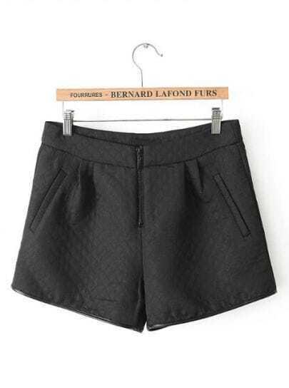 Black Pockets Plaid Straight Shorts