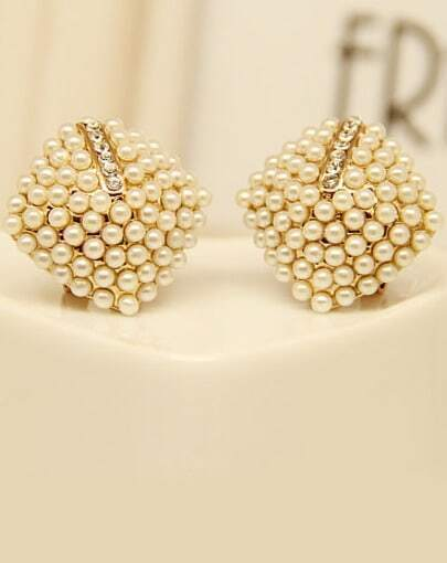 Gold Pearls Pyramid Earrings