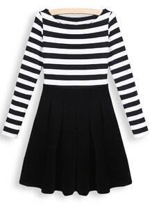 Black Round Neck Long Sleeve Striped Pleated Dress