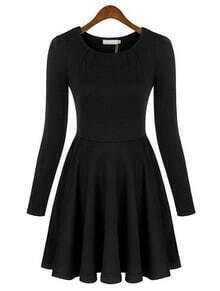 Black Round Neck Long Sleeve Slim Pleated Dress