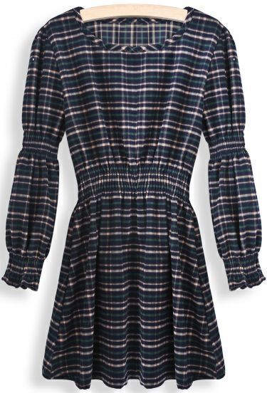 Green Round Neck Long Sleeve Plaid Pleated Dress